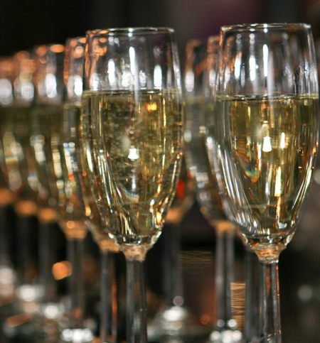 Prosecco is a sparkling Italian wine that delights.